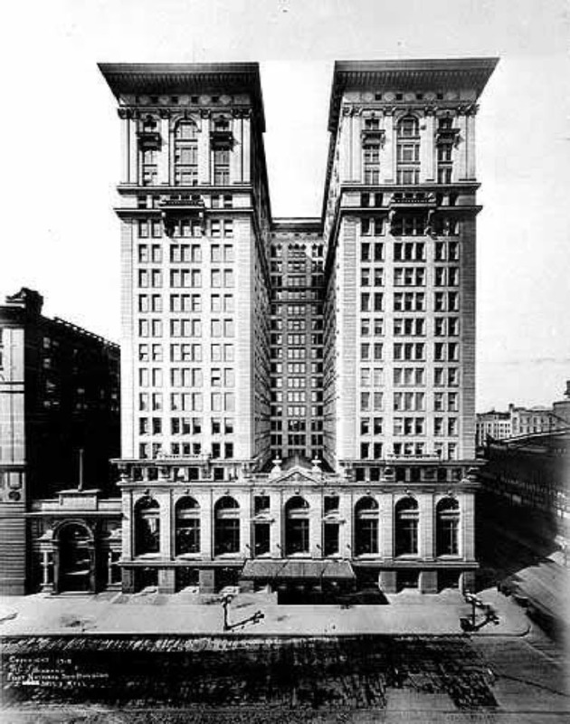 The First National Bank/Soo Line Building in 1915. Photo: Star Tribune archive.