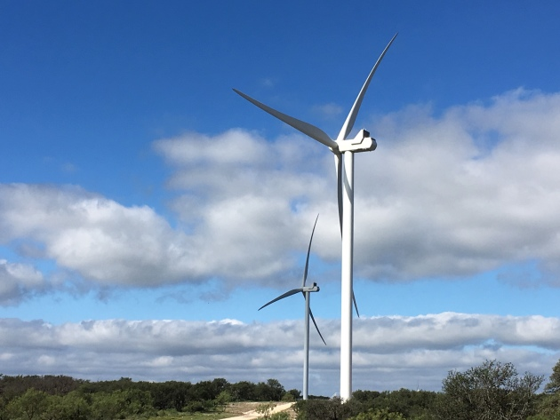Cactus Flats wind farm in Central Texas (photo courtesy of General Mills)