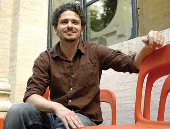 Dave Eggers.