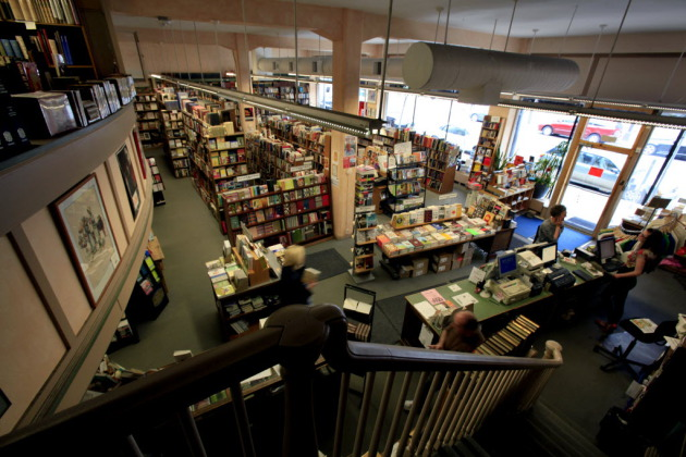 Magers & Quinn in Uptown is one of the many bookstores bringing in top-name writers this fall. Star Tribune photo by Joel Koyama.
