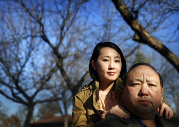 Kao Kalia Yang and her father, Bee Yang. Photo by Brian Peterson.