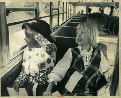 1971: Monica Lash and Molly Johnson were among first aboard the bus. Hale-Field busing starts with pickup of pupils at 49th St. and 3rd Av. S. (photo by Roy Swan)