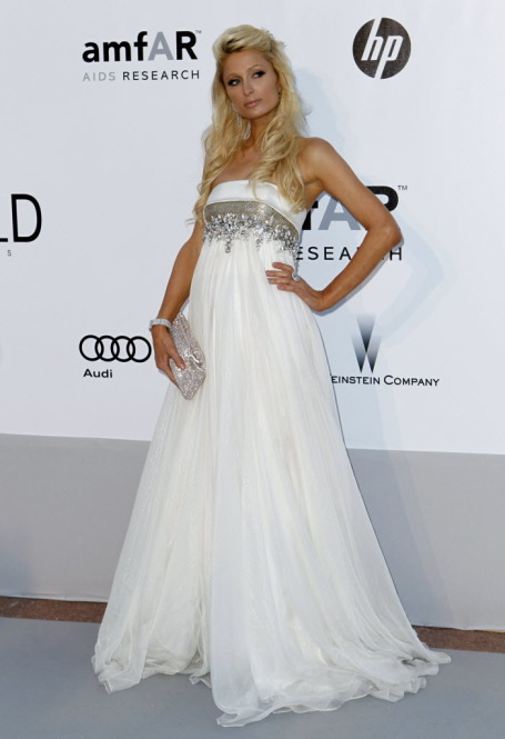Thursday, she was at the amfAR Cinema Against AIDS benefit at the Hotel du Cap-Eden-Roc