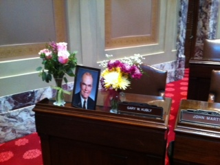 Sen. Gary Kubly's Senate desk