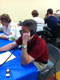 Senate candidate Kurt Bills making calls for WI Gov. Scott Walker
