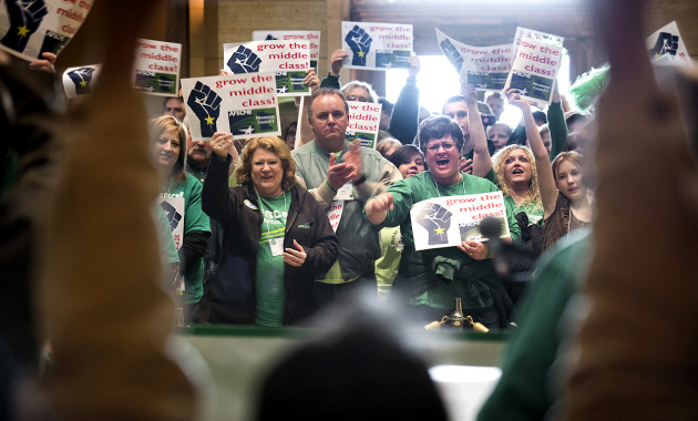 AFSCME Council 5 rallies at the Capitol/Glen Stubbe