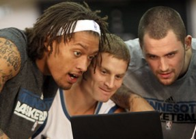 Michael Beasley, Luke Ridnour and Kevin Love -- not reading Love's blog