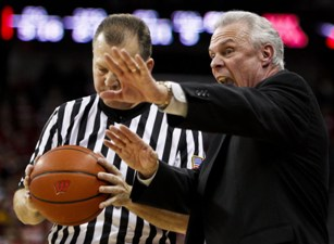 Even coach Bo Ryan can't stand the sight of his team (OK, not really).
