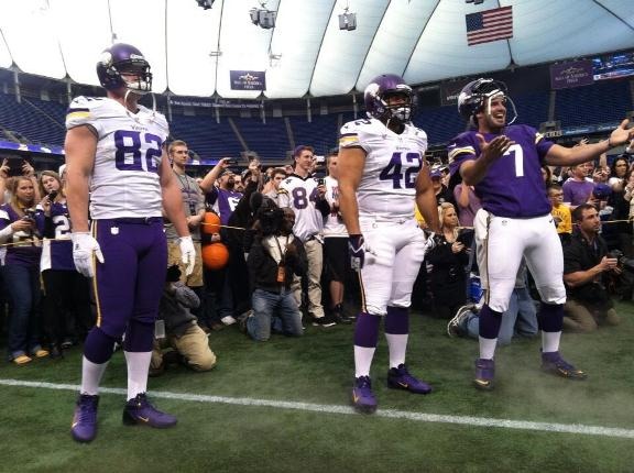Kyle Rudolph, Jerome Felton and Christian Ponder. Don't worry, Ponder didn't gain weight. Just an optical illusion.