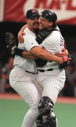 Eric Milton and Terry Steinbach celebrated Milton's no-hitter with a traditional slow dance.