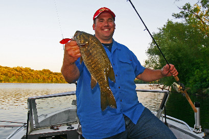 Author Ron Hustvedt with a quality St. Cloud smallmouth