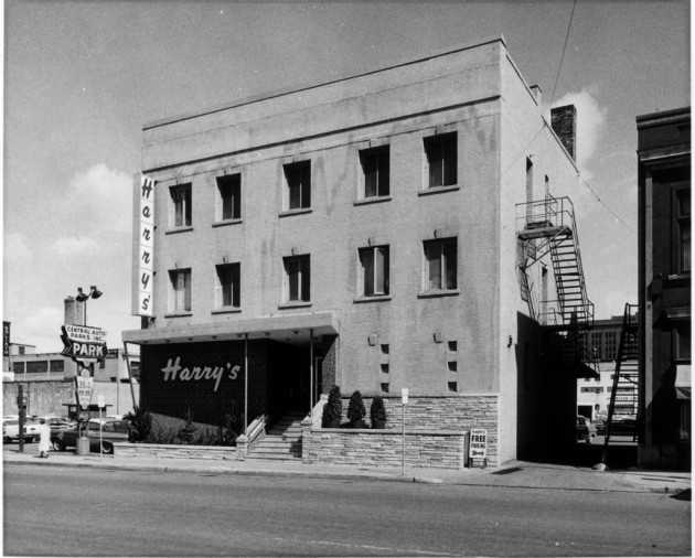 Harry's Cafe, Star Tribune file photo from 1960.
