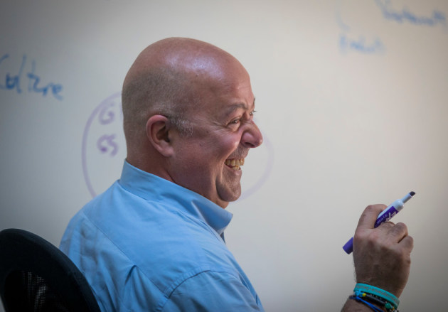 Andrew Zimmern Opening Chinese Restaurant And Tiki Bar In St Louis Park Startribune
