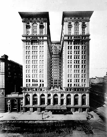 The First National Bank (now Soo Line) Building in 1915. Photo courtesy of the Minnesota Historical Society.