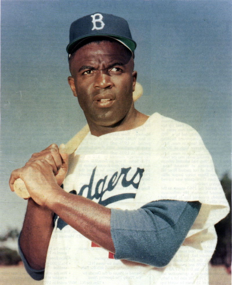 breaking the color barrier a biography of jackie robinson a baseball player Jackie robinson's best sport at ucla was football, and before becoming a trailblazer by breaking major league baseball's color barrier, robinson was a professional football player.