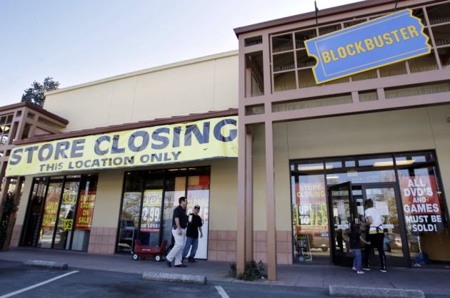 A closing Blockbuster store in April 2011.