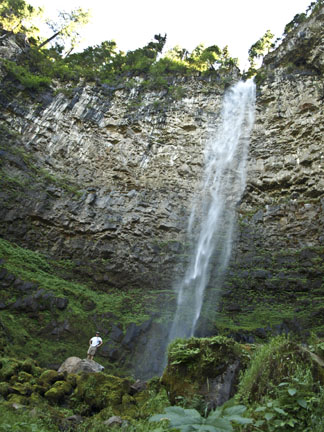 Watson Falls - Oregon's 3rd highest waterfall (272 feet) - found off of Highway 138