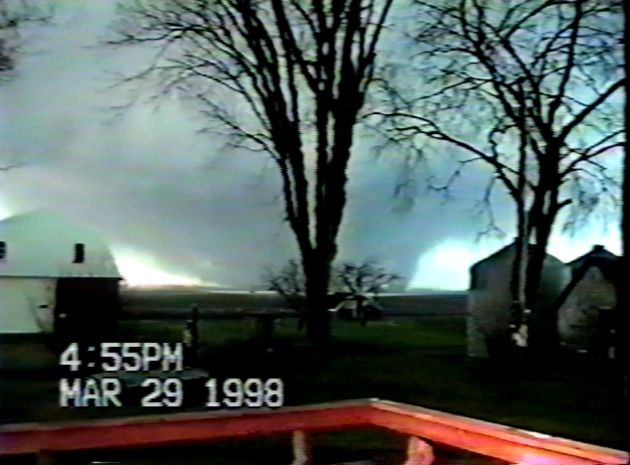 Remembering Late March 1998 Tornado Swarm – Chilly April Fool's Joke Coming